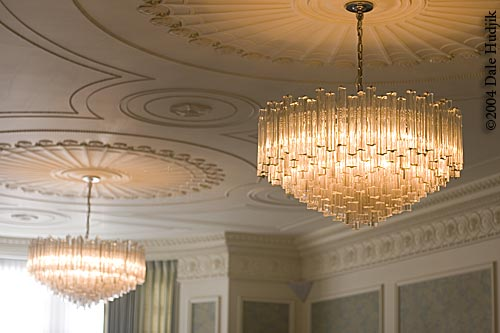 government house edmonton (chandeliers)